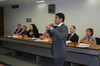 Palestra no Senado Federal (2011)