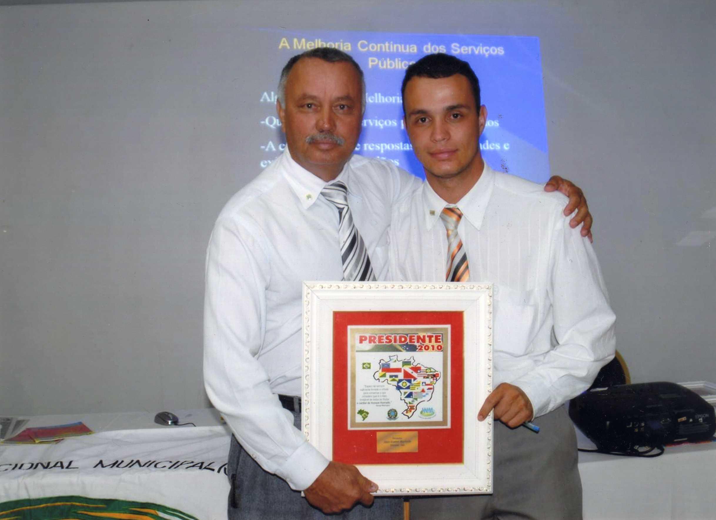 Entrega de Titulo de Melhor Presidente de Câmara do Brasil - Ano 2010