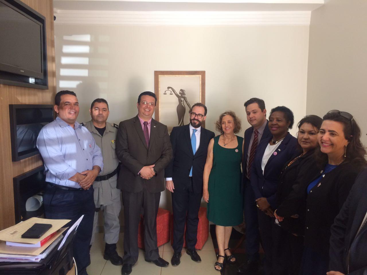 Autoridades visitam escritório Eliza Advocacia