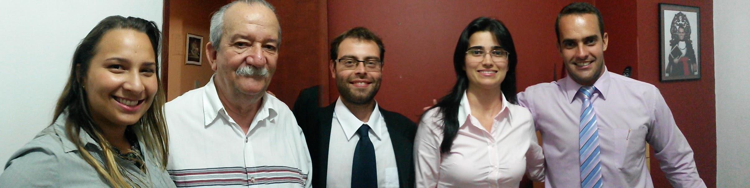 COMPOSIÇÃO DA EQUIPE EM 2014 - DRA. MAYRA SANTANA, NEI SÁ, DR. RAFAEL MARTINO, DRA. SHIRLEI RIBEIRO E DR. THOMAS BERNARDES
